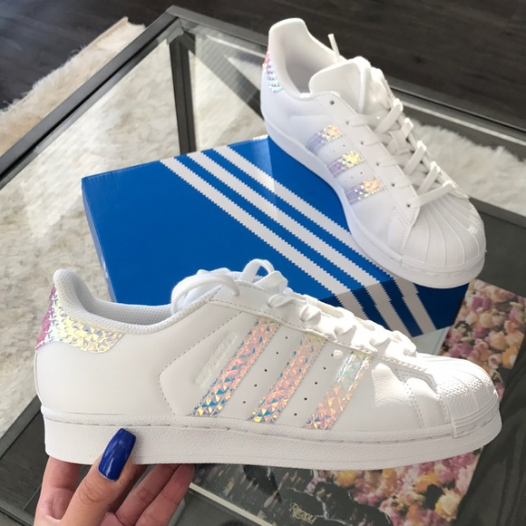 c629610d2a2 ADIDAS SUPERSTAR HOLOGRAPHIC STORMI KYLIE JENNER
